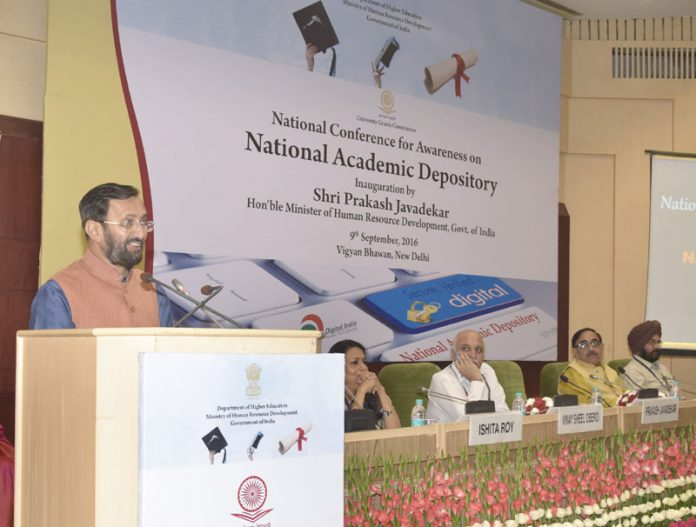 The Union Minister for Human Resource Development, Shri Prakash Javadekar addressing a National Conference for Awareness on National Academic Depository, in New Delhi on September 09, 2016. The Minister of State for Human Resource Development, Dr. Mahendra Nath Pandey and the Secretary, Department of Higher Education, Shri V.S. Oberoi are also seen.